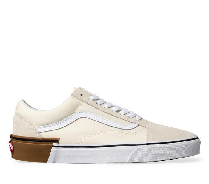 216cfdbe9a Shop Vans OLD SKOOL (GUM BLOCK) WHITE
