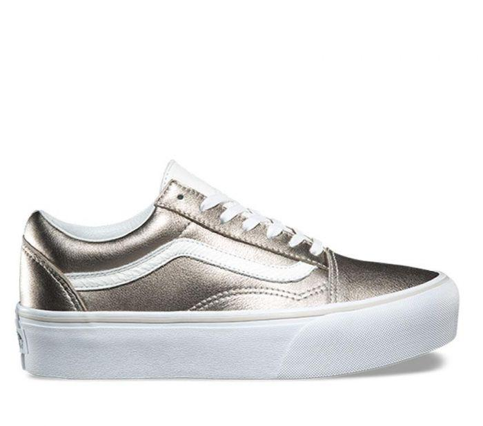 96aad4388d8657 Shop Vans Old Skool Platform Metallic