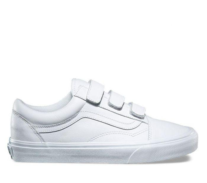 255731720c Shop Vans OLD SKOOL V (MONO LTR) WHITE
